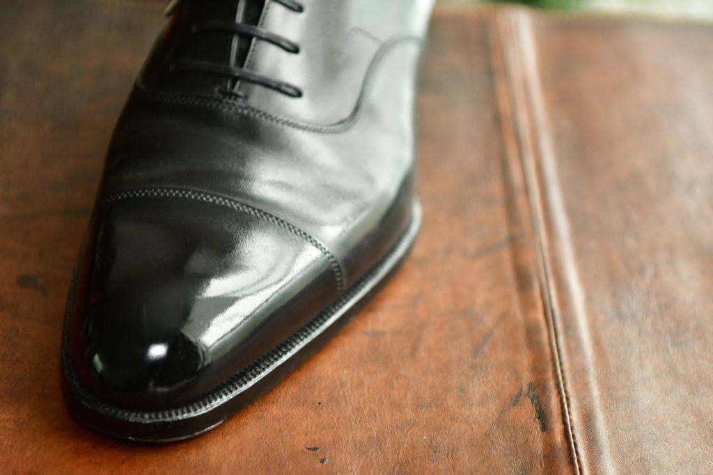 サラリーマン 靴磨き 必要 売り上げ上がる